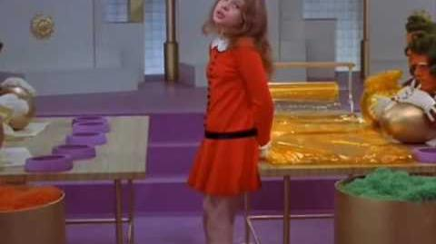 Veruca Salt Willy Wonka y la Fábrica de Chocolate Español Latino 1971-0