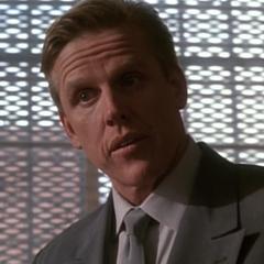 Agente especial Peter Keyes (<a href=