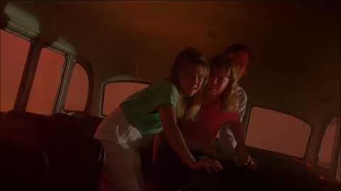 """""""Autobus"""" - Pesadilla en la calle Elm 2da. Parte, La Revancha de Freddy"""