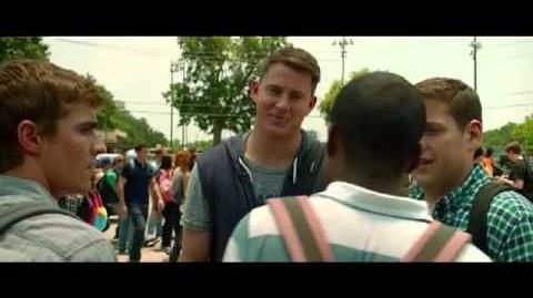 """21 Jump Street (Escena """"Negro & Gay"""") LATINO"""