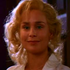 Gloria Capuleto en <a href=