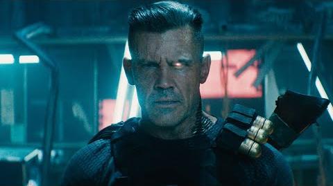 Deadpool Conoce a Cable Doblado