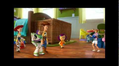 Toy Story Vacaciones en Hawai - Teaser Oficial del Corto de Disney Pixar