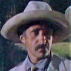 Taxista (Leon Belasco) en <a href=