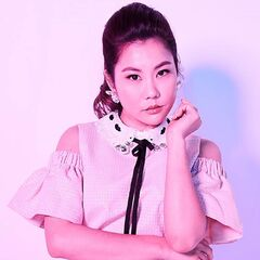 Dixie Sinclair (Irene Choi) en <a href=
