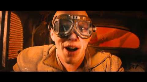 """MAD MAX FURIA EN EL CAMINO - Contraataque 20"""" - Oficial Warner Bros"""