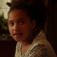 Iris West (niña) en <a href=