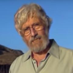 Jean-Michel Cousteau en el contenido especial <i>Explorando el arrecife</i> de <a href=