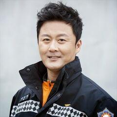 Ki Woon Chan en <a href=