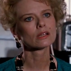 Eleaine Parker (Brooke Bundy) en <a href=