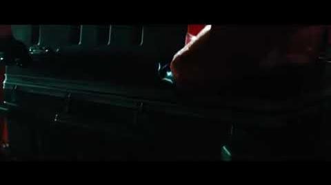 Trailer Venom en español latino oficial