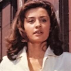 Gabriella (Raffaella Carrà) en <a href=
