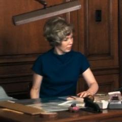 Millie, secretaria del alcalde en el doblaje original de <a href=