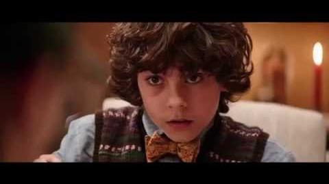 Krampus El terror de la Navidad - La Cena (Latino)