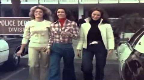 LOS ANGELES DE CHARLIE - 1976 ( SERIE DE TV ) - Español Latinoamericano