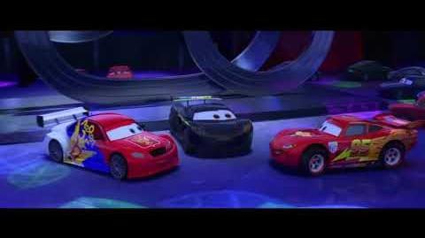 Cars 2 Versiones internacionales (Fiesta de Tokio Escena)