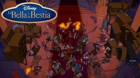 """Momento Disney """"Defendiendo el Castillo"""" La Bella Y La Bestia"""