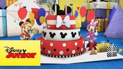 Video Aventuras Sobre Ruedas El Regalo De Cumpleanos De Mickey