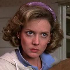 Mae Thompson (Kristine Sutherland) en <a href=