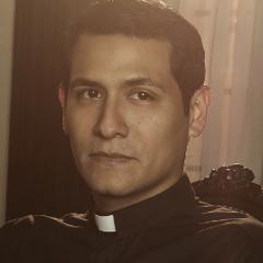 Padre Francis Delgado en <a href=