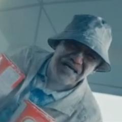 Anciano de la leche en polvo (Richard Ng), también en <a href=
