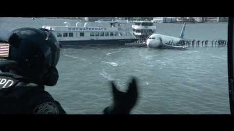 """SULLY- HAZAÑA EN EL HUDSON - Mayday 30"""" - Oficial Warner Bros"""