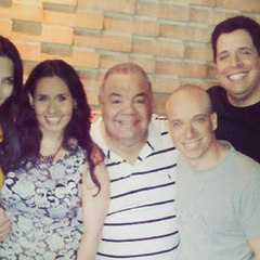 Derecha a izquierda: Renzo Jiménez, Luis Carreño, Alfonso Soto, Luis Pérez Pons, Melanie Henríquez, Lileana Chacón y Jesús Hernández.