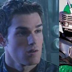 Drew Lansing / Kamen Rider Torque en <a href=