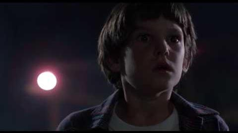 E.T., el extraterrestre (1982) doblaje original.