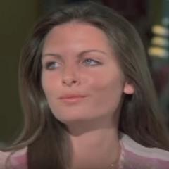 Melissa (Deborah Ryan) en <a href=