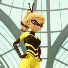 Chloé Bourgeois / Queen Bee en <a href=