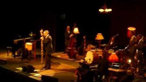 Hugh Laurie - Live at Luna Park Argentina intro monólogo
