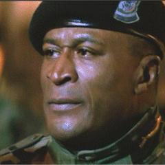 Sargento Al Powell en <a href=