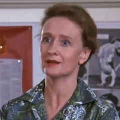 Sra. Douglas en la miniserie de <a href=