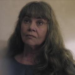 Sra. Bowman en la película de terror [Vienen por ti]]