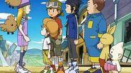 Takuya y sus amigos deciden ayudar a hacer la hamburguesa mas deliciosa - Latino