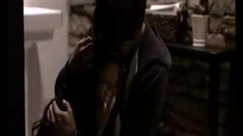 Vampire Diaries 1x22 - El descenso de los vampiros Muerte de Anna - Audio Latino