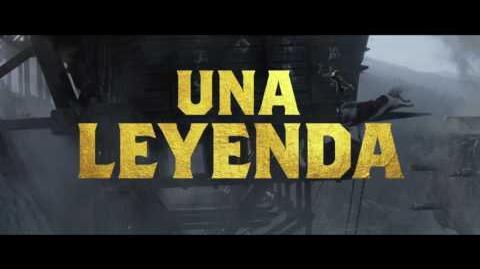 """EL REY ARTURO LA LEYENDA DE LA ESPADA - Poderoso 15"""" - Oficial Warner Bros"""