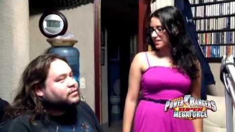 Super Megaforce Inicio de Doblaje Valentina Souza Emma