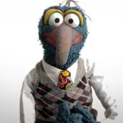 Desde 1996 ha sido la voz de Gonzo en todas las películas de <a href=