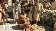 Jesús Los discípulos de Jesús se molestan con Goi al verlo expulsar un demonio