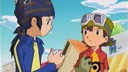 Takuya y Kouji ayudan a Korikakumon para detener a Petaldramon - Latino