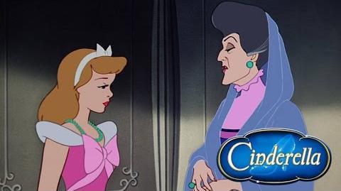 "Momento Disney ""La Humillacion De Cenicienta"""