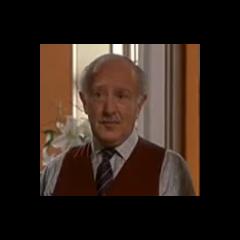 El abuelo Charles en la película de disney <a href=
