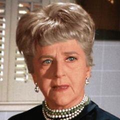 Phyllis Stevens en <a href=