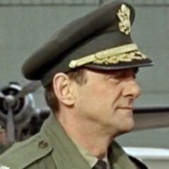 Brigadier en el aeropuerto también en <a href=