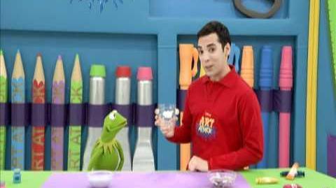 Art Attack Creando un Portalápiz con Kermit