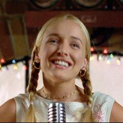 Cassidy (Katrina Devine) en <a href=