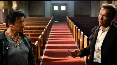 Los Indestructibles - Sylvester Stallone, Arnold Schwarzenegger y Bruce Willis (Audio Latino)