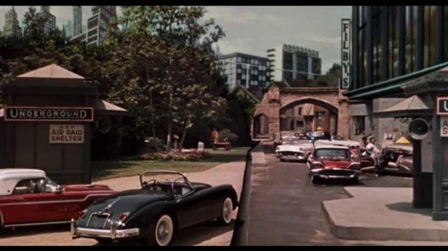 La Máquina del Tiempo (1960) - Doblaje Latino